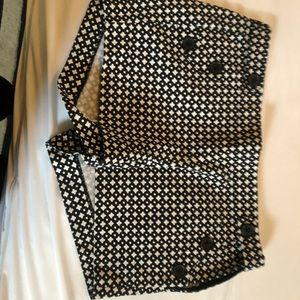 Black and white J.Crew 3 inch shorts
